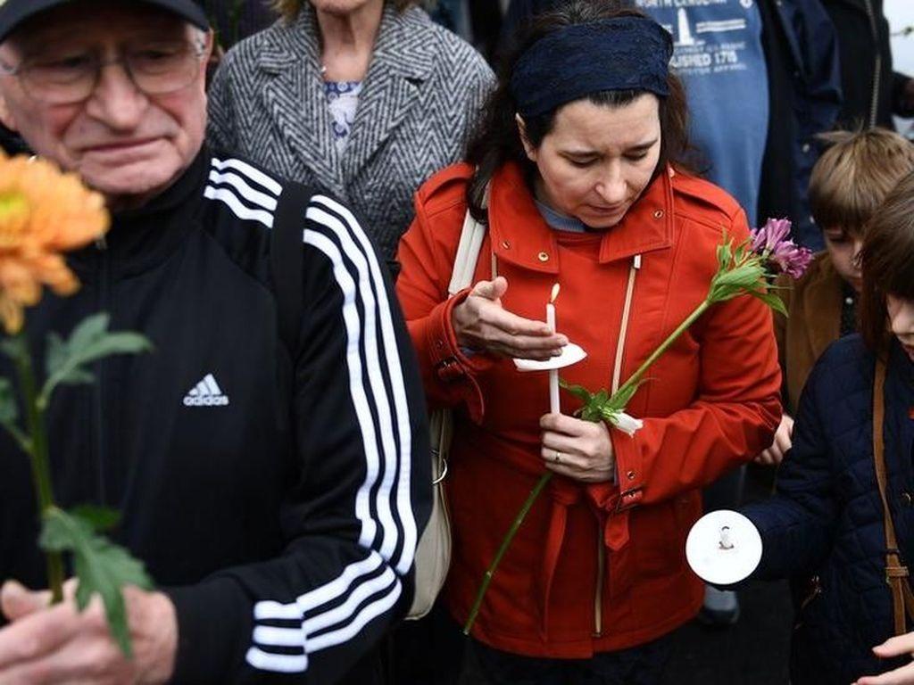 Penembakan Sinagoge Pittsburgh: Korban Termasuk Suami-Istri dan Nenek