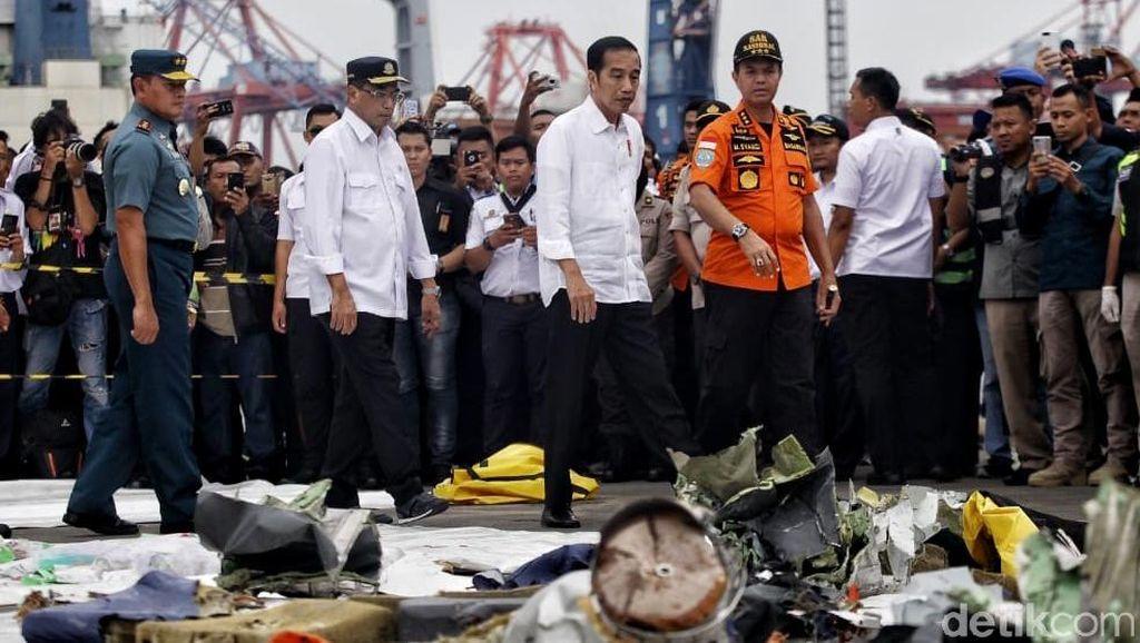 Jokowi Cek Hasil Evakuasi Lion Air JT 610