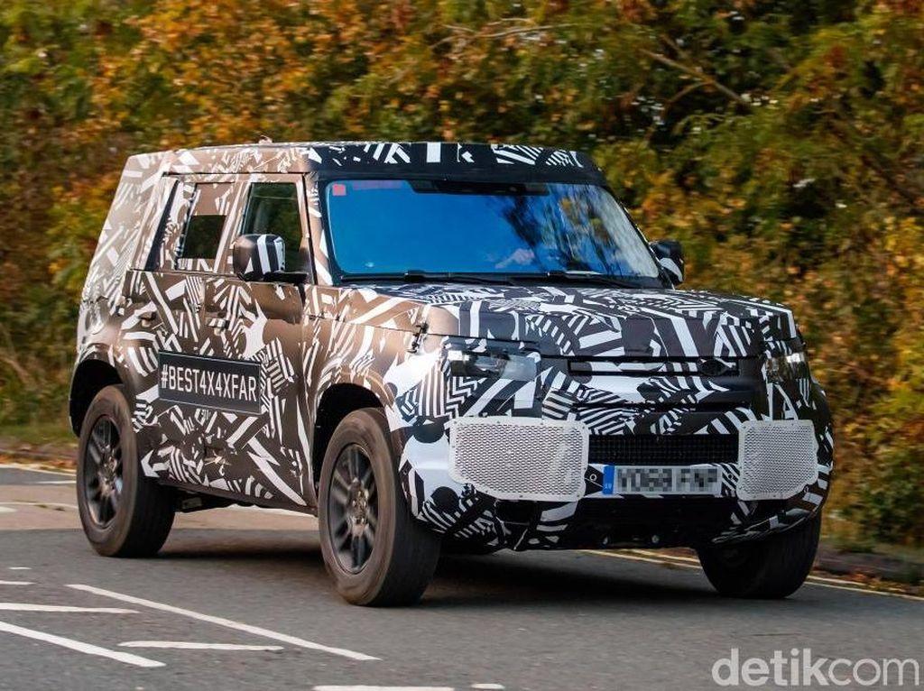 Land Rover Uji Defender Model 2020