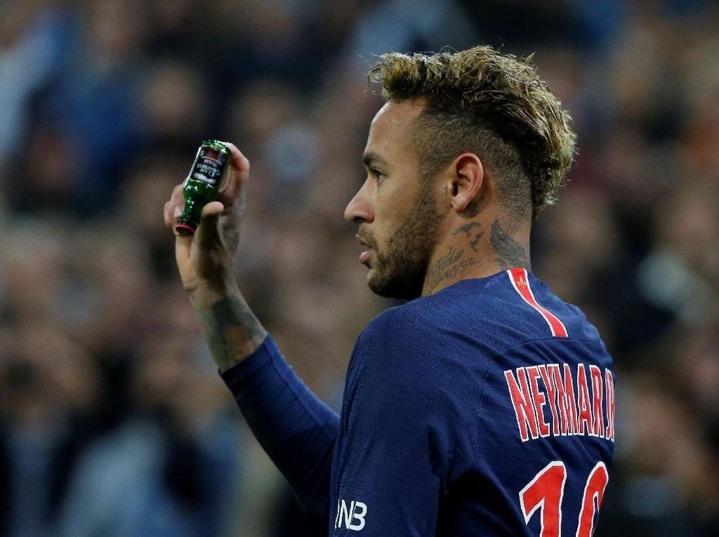 Van Gaal Minta Barcelona Jangan Bawa Pulang Neymar