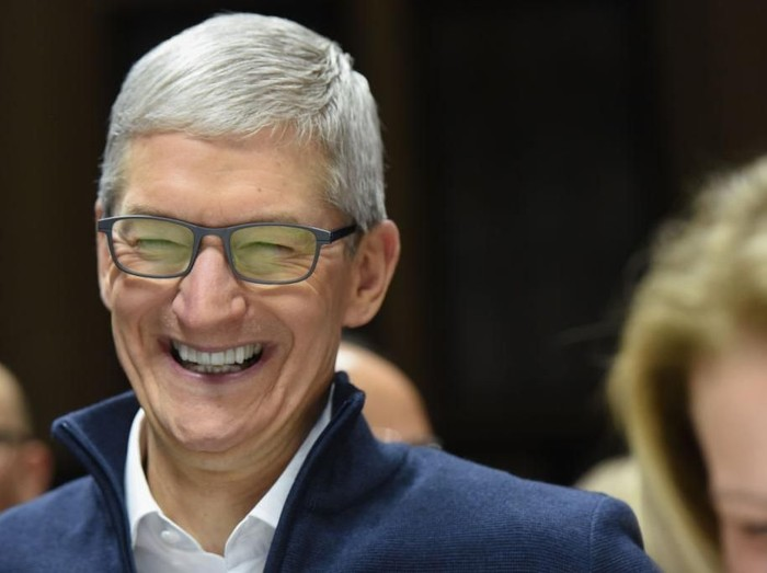 CEO Apple Tim Cook tak takut ke China. (Foto: Getty Images)
