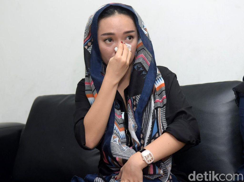 BJ Habibie Wafat, Zaskia Gotik Kehilangan Presiden Idolanya