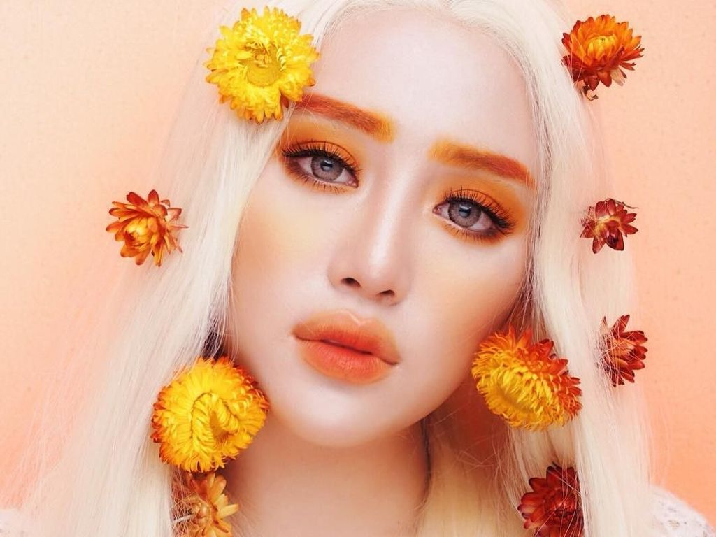 Mengenal Janine Intansari, Beauty Influencer dengan Alis Warna-warni