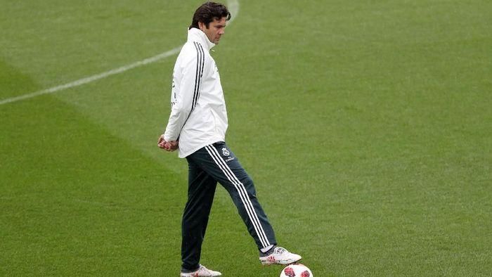 Santiago Solari diisukan akan jadi pelatih tetap Madrid usai laga kontra Celta Vigo (Susana Vera/Reuters)