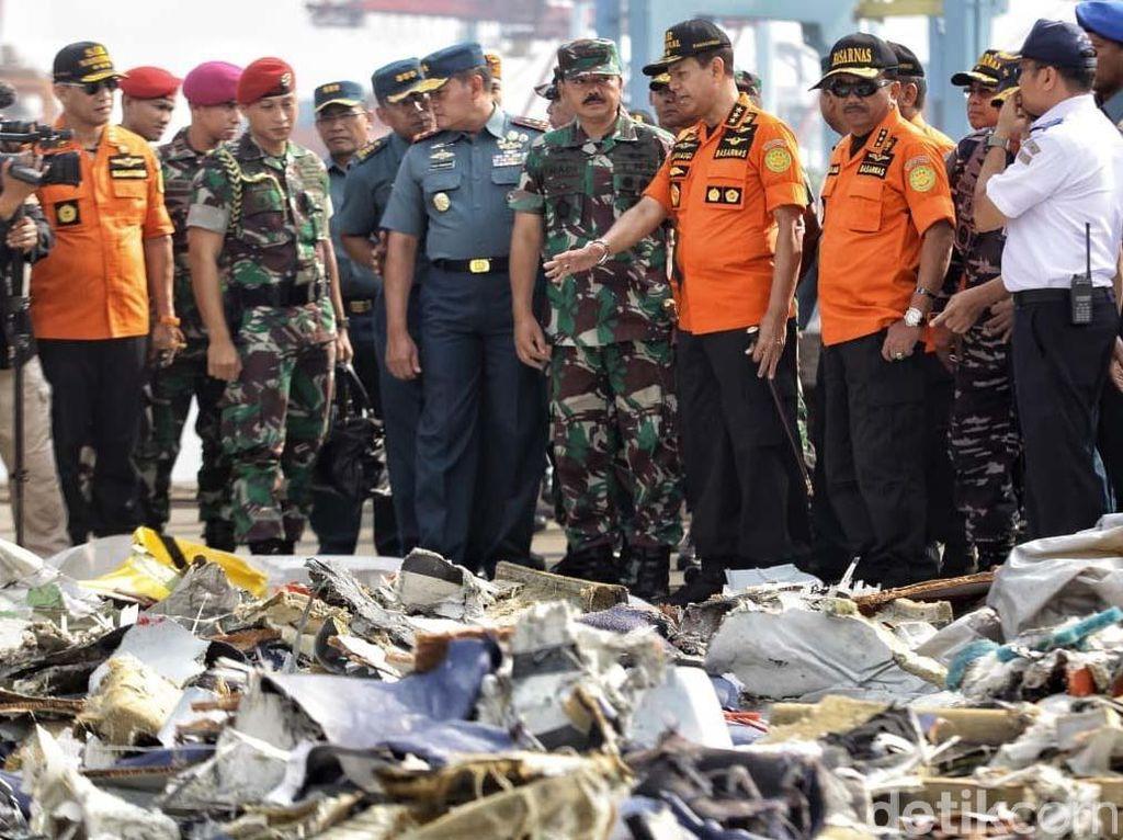 Panglima TNI Tinjau Posko Evakuasi Pesawat Lion Air