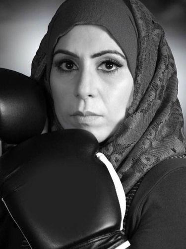 Mengenal Zahra Butt, Pelatih Tinju Berhijab Pertama di Inggris