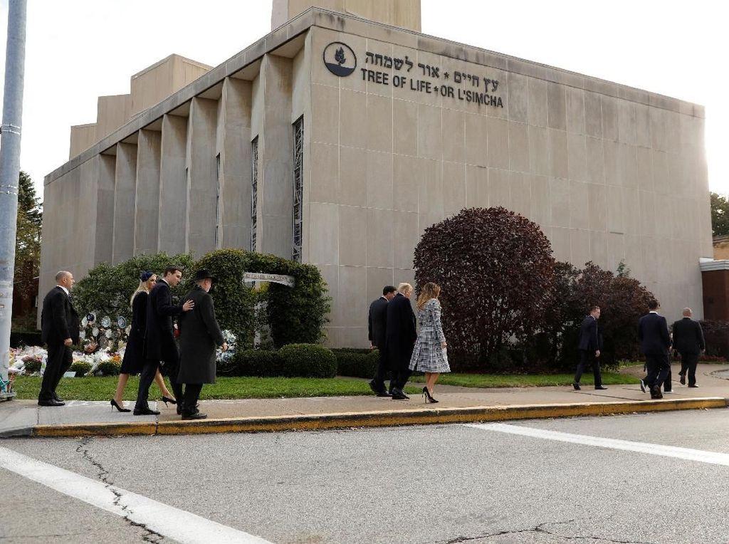 Pelaku Penembakan di Sinagoge Pittsburgh Dituntut 44 Dakwaan