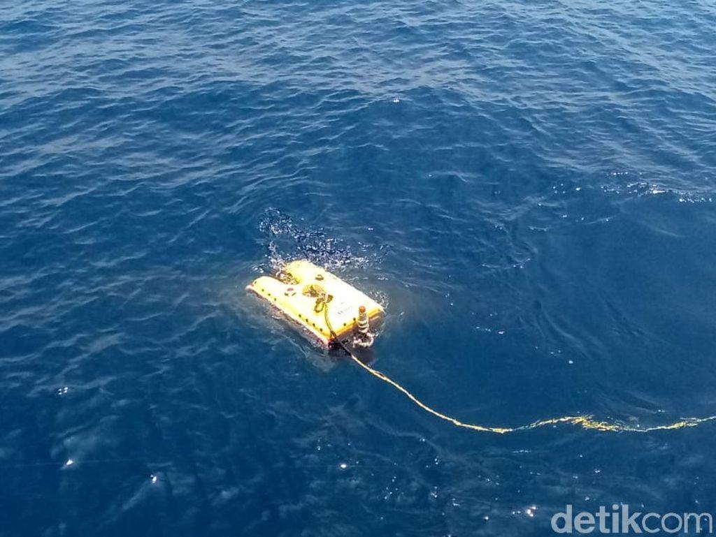 Lanjut Cari Black Box Lion JT 610, Kapal Baruna Jaya Turunkan ROV