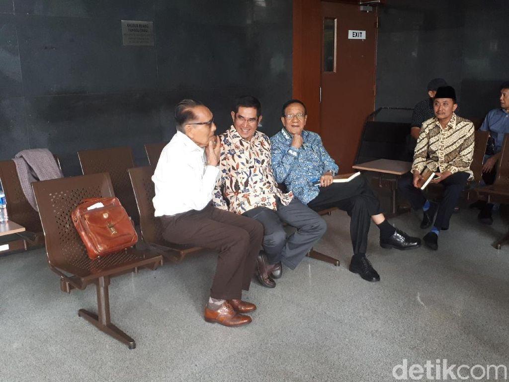 Eks Ketua MK Hamdan Zoelva Jadi Ahli di Sidang PK Irman Gusman