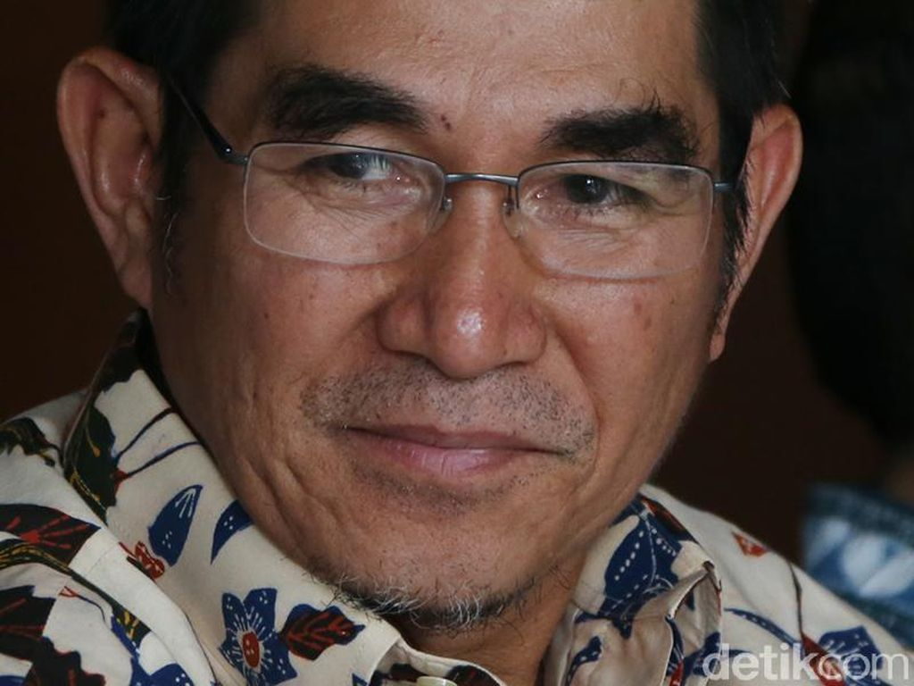 Gugat Pemprov DKI ke MA, Pengelola Mal Tunjuk Eks Ketua MK Jadi Pengacara
