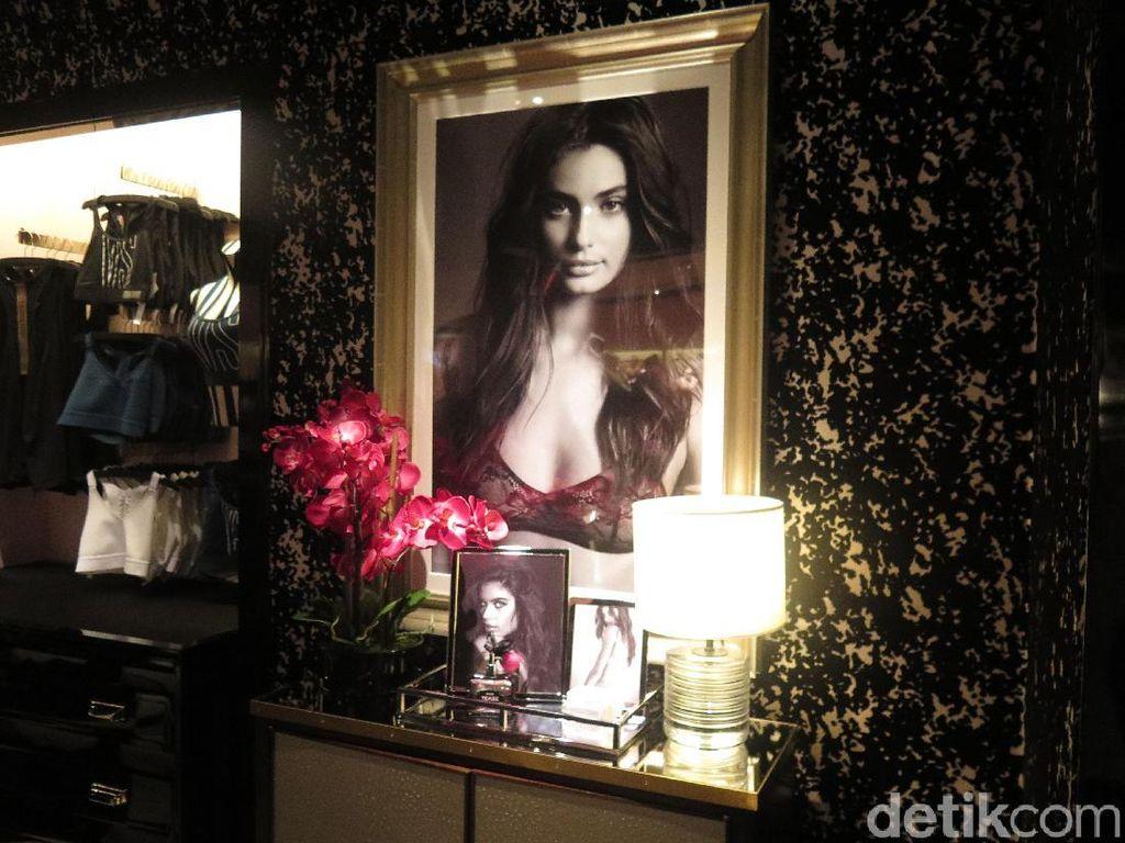 Mengintip Mewahnya Toko Lingerie Pertama Victorias Secret di Jakarta