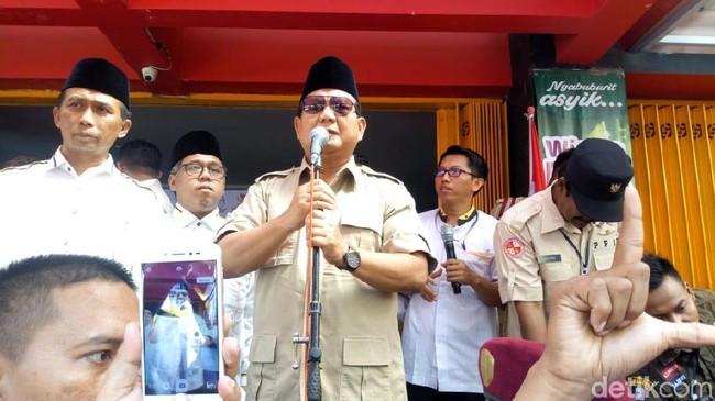 Prabowo Memarahi Emak-emak.