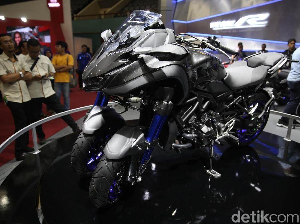 Tampang Sangar Moge Roda Tiga Yamaha Niken