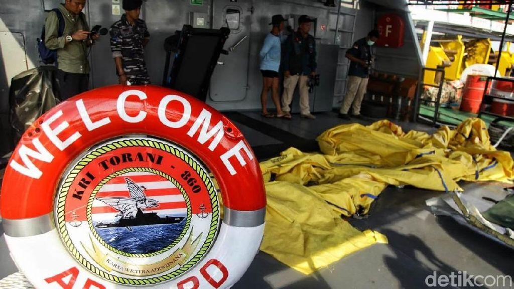 Kopaska Terus Kumpulkan Jenazah Korban Pesawat Lion Air JT 610