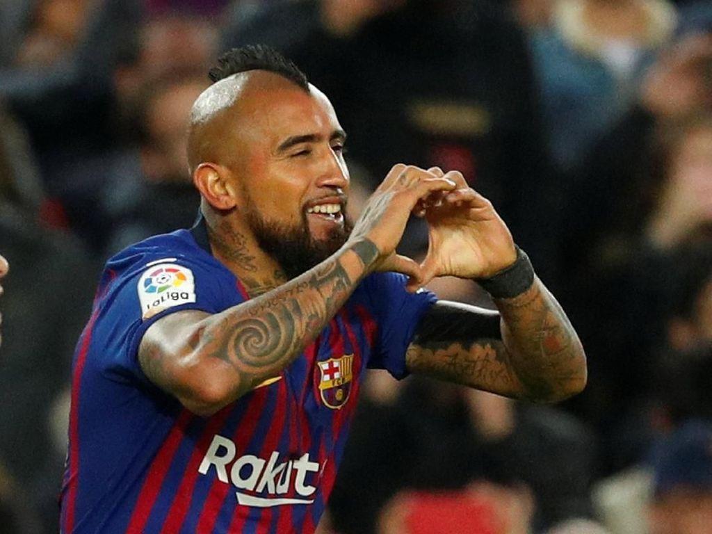 Rumor Transfer: MU Saingi Inter Dapatkan Vidal