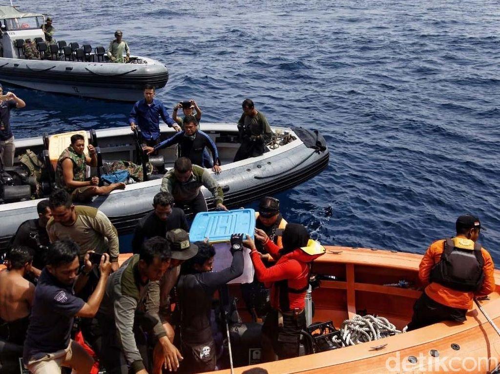 Video: KNKT Kerahkan Kapal Penyedot Lumpur Cari CVR Lion Air PK-LQP
