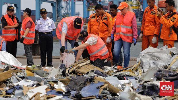 RS Polri Terima 65 Kantong Jenazah dari Evakuasi Lion Air