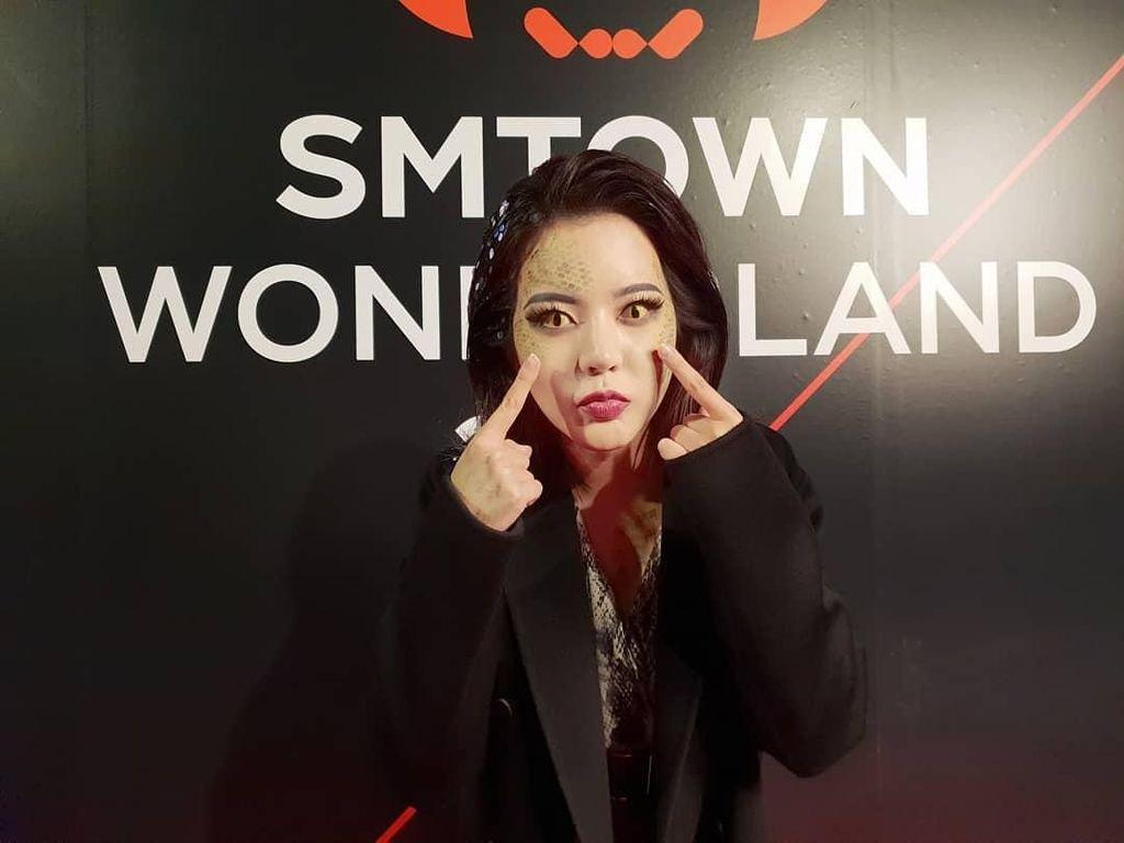 Nagini Hingga Drakula Seksi, Hebohnya Kostum Halloween Artis-artis Korea