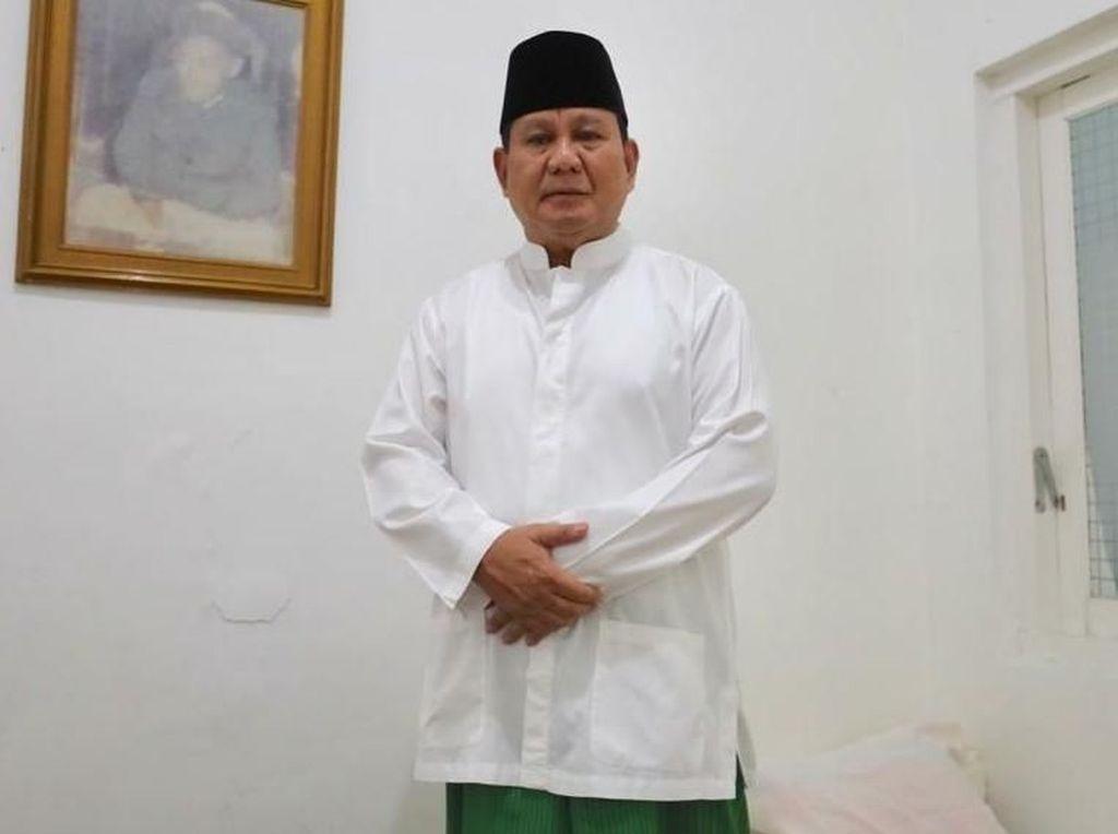 Ditantang La Nyalla, Tim Prabowo: Salat Tak Perlu Dipertontonkan