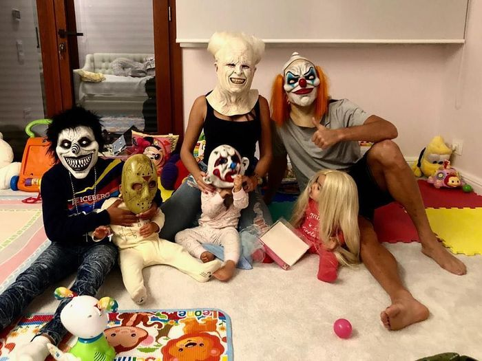Foto keluarga Cristiano Ronaldo saat ikut menyemarakkan Hallowen (Instagram)