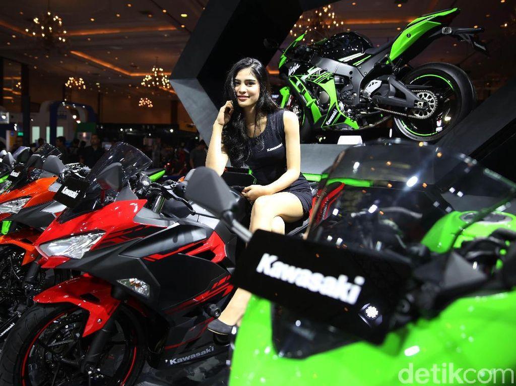 Kawasaki Jual 100 Motor di IMOS, Ninja 250 dan W175 Paling Laku