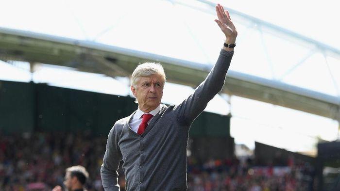 Arsene Wenger bicara soal peluang menangani Real Madrid. (Foto: Shaun Botterill/Getty Images)