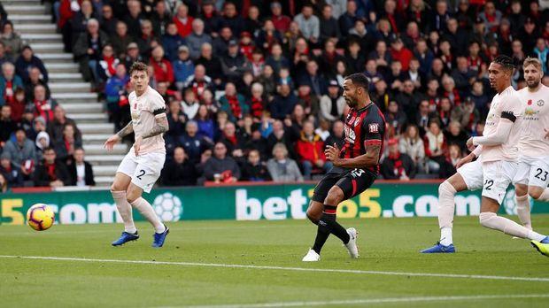 Callum Wilson membawa Bournemouth unggul 1-0 atas Man United.