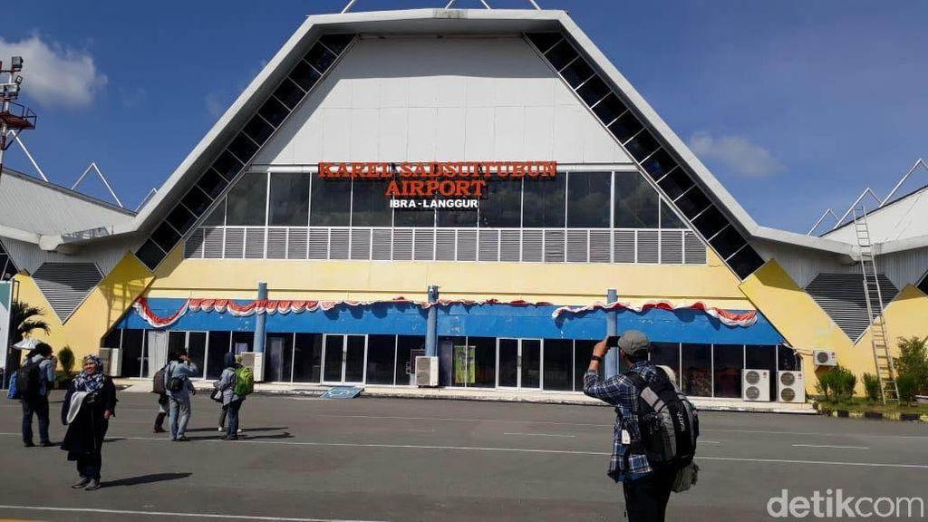 Melihat Riuhnya Bandara di Pulau Eksotis Maluku