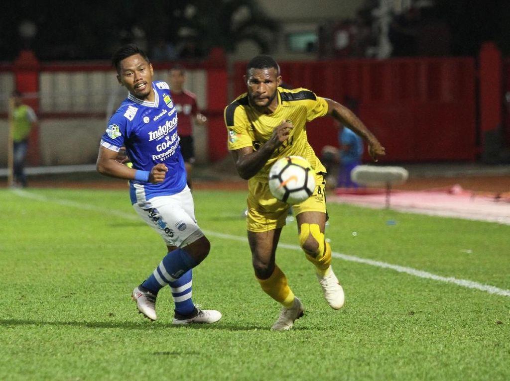 Hasil Liga 1: Persib Menang 2-1 atas Bhayangkara FC