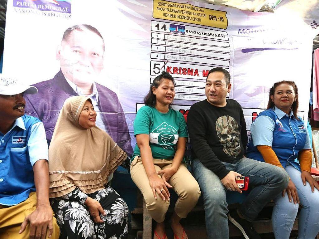 Caleg Krisna Murti Bersilaturahmi dengan Warga Tanjung Priok