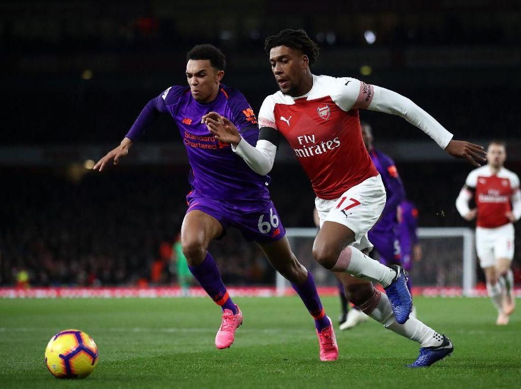 Arsenal Tak Menang, Emery Cuma 50% Senang