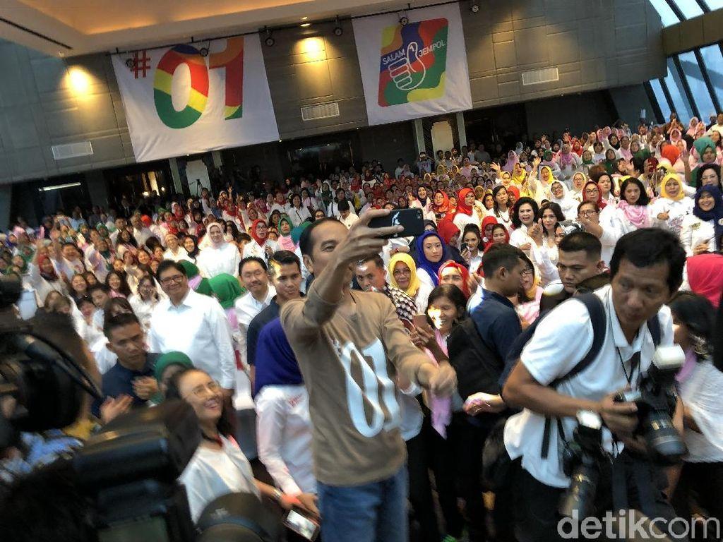Jokowi: Gerakan Hidup Sehat Kita Dorong Agar Pengeluaran BPJS Turun