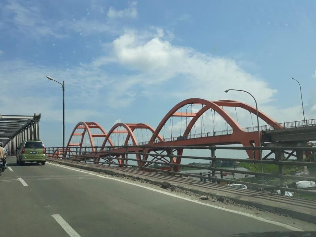 Jembatan Musi II yang Tak Kalah Keren di Palembang