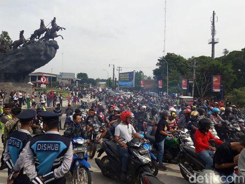 Ribuan Orang Turun Jalan Bela 'Tampang Boyolali'
