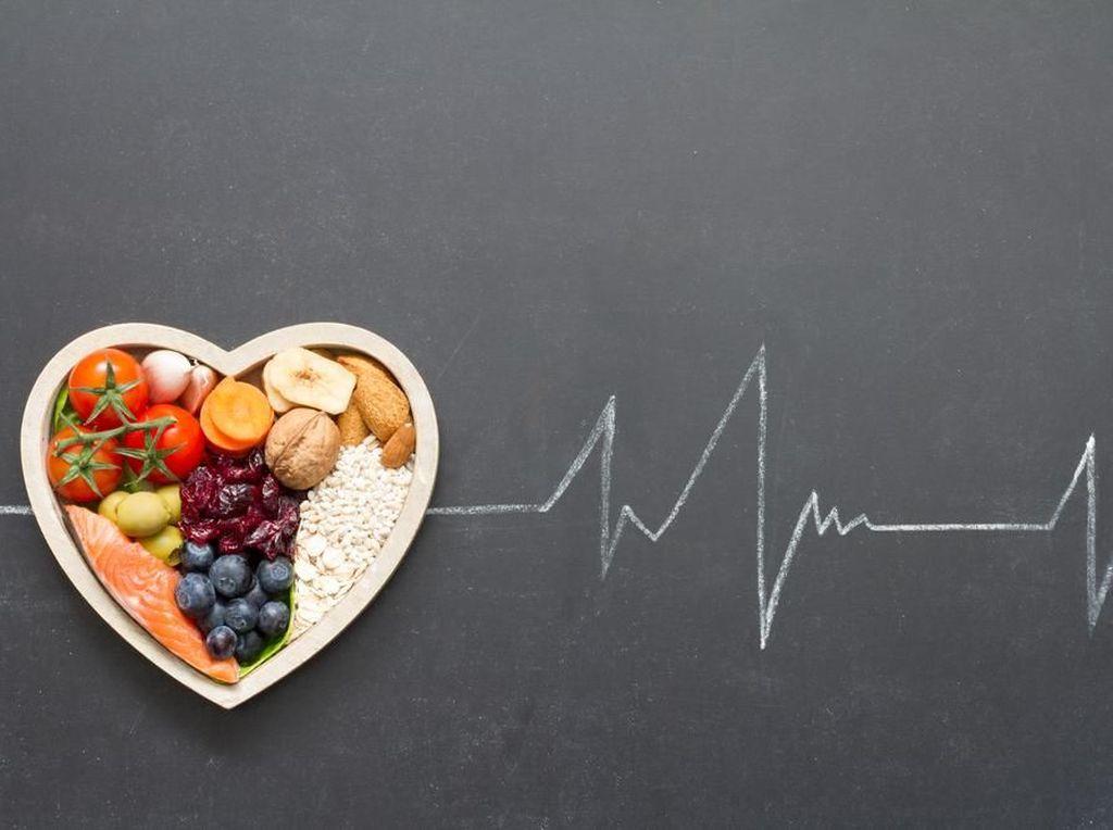 Cara Aman Makan Rendang dan Opor yang Ramah Kolesterol