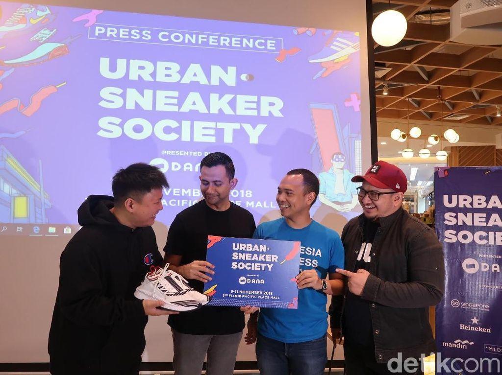 Berburu Sepatu Puluhan Juta di Urban Sneaker Society