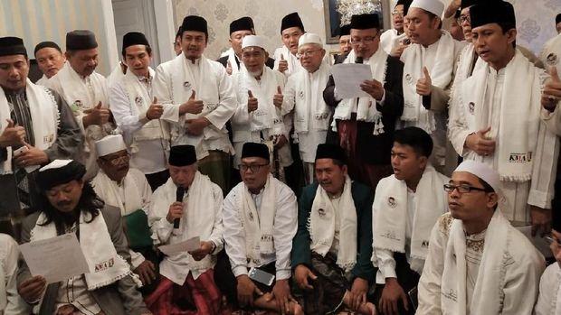 Ulama dari Jakarta Timur Deklarasi Dukungan ke Jokowi-Ma'ruf