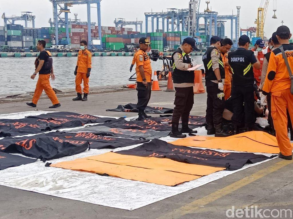 17 Kantong Jenazah Korban Lion Air PK-LQP Tiba di JICT Tj Priok