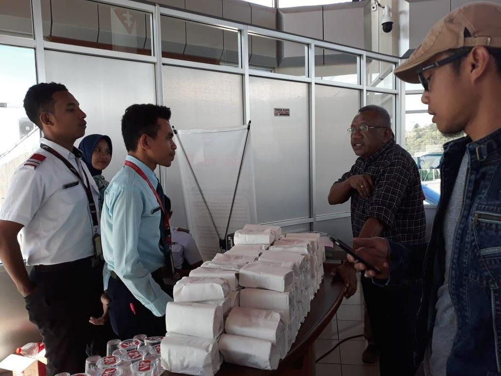 Delay 6 Jam, Penumpang Lion Air Ambon-Cengkareng Protes