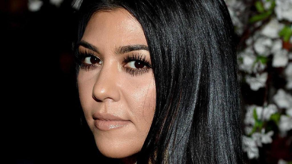 Foto: Momen Favorit Kourtney Kardashian di Bali