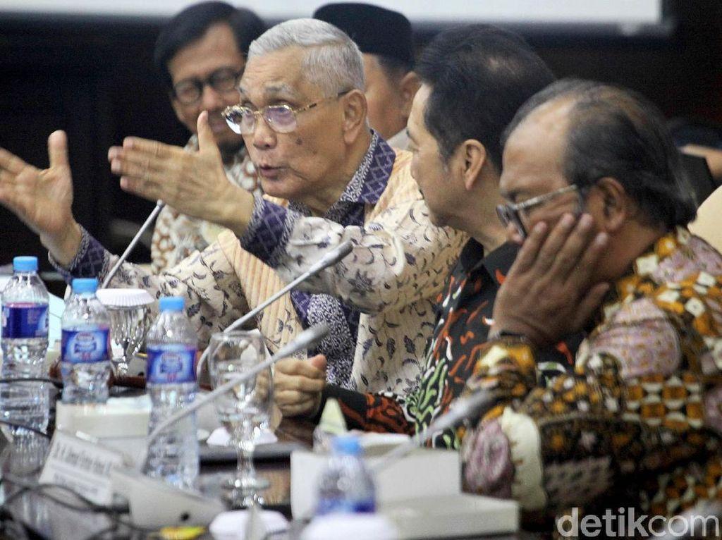 Try Sutrisno Bahas Kembalinya GBHN Bareng Lembaga Pengkajian MPR