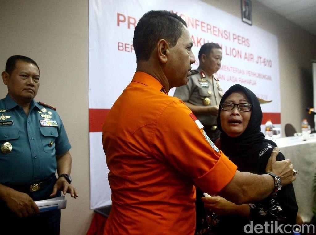 Ada Keluarga yang Keberatan Tabur Bunga di Lokasi Lion Air Jatuh