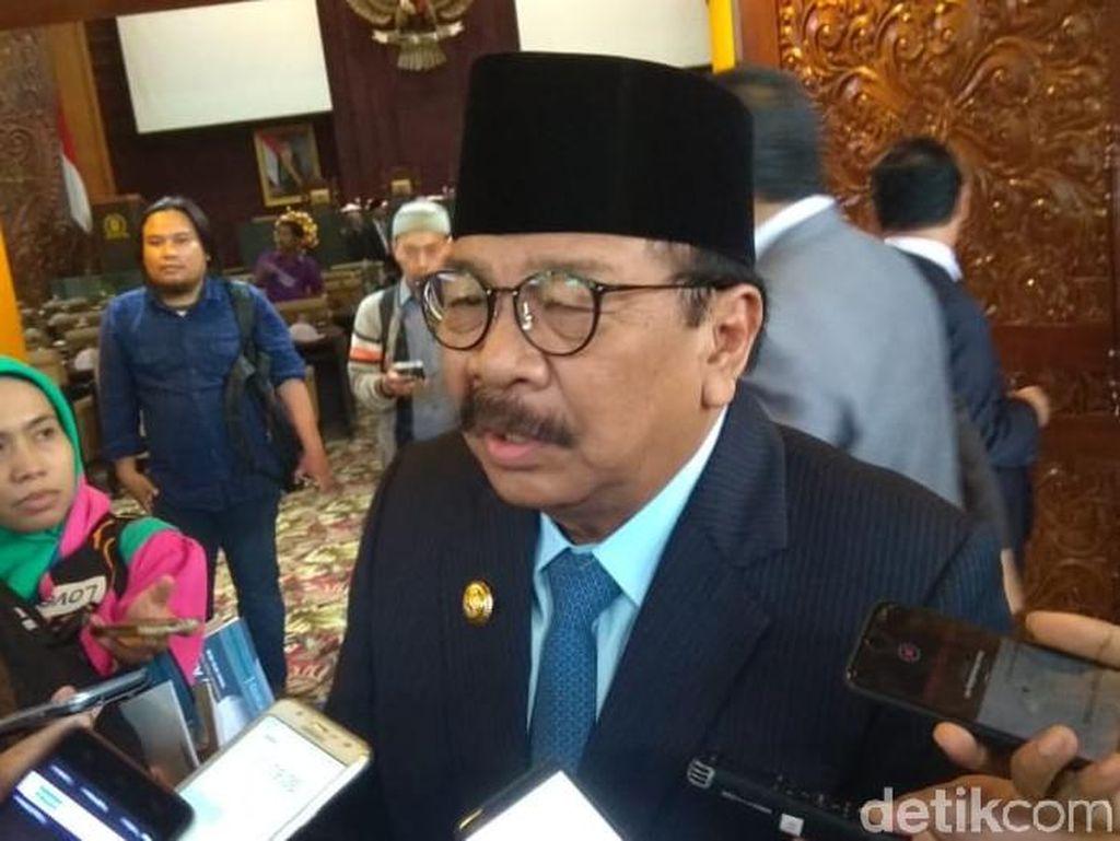 Gubernur Soekarwo Tetapkan UMK Jatim 2019