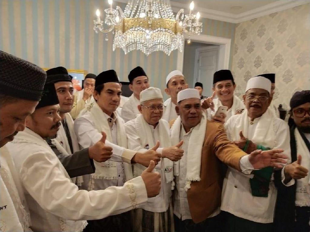 Ulama dari Jakarta Timur Deklarasi Dukungan ke Jokowi-Maruf