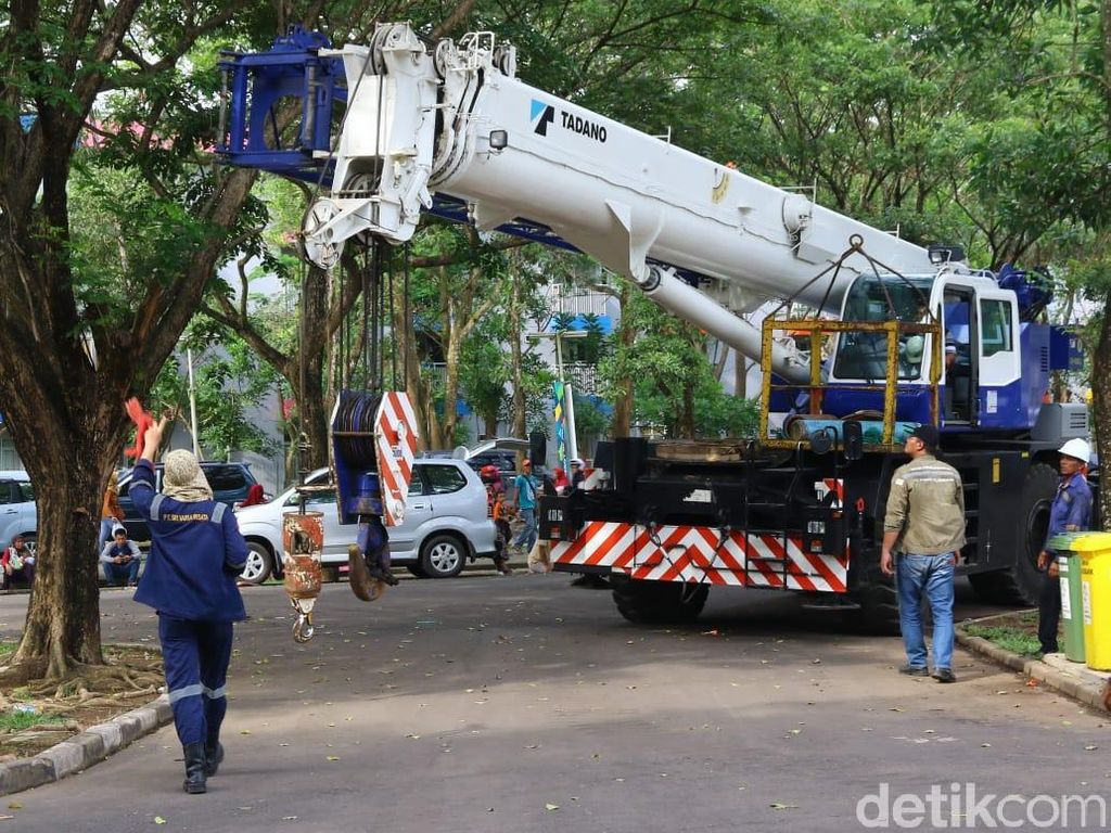 Jakabaring Perbaiki Venue yang Rusak Diterjang Angin dan Hujan
