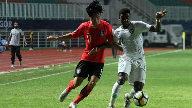 Arab Saudi U-19 meraih gelar ketiga di Piala Asia U-19.