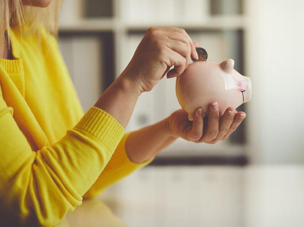 Emas Atau Dolar AS, Mana Investasi Paling Untung?