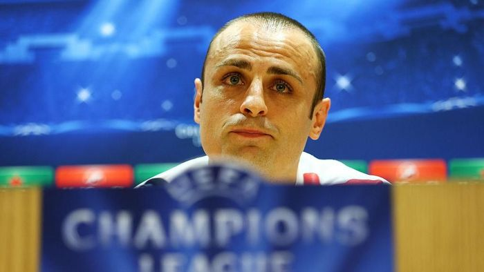 LONDON, ENGLAND - FEBRUARY 24:  Dimitar Berbatov of Monaco speaks to the media during the AS Monaco press conference ahead of the UEFA Champions League round of 16 match against Arsenal at the Emirates Stadium on February 24, 2015 in London, United Kingdom.  (Photo by Clive Mason/Getty Images)