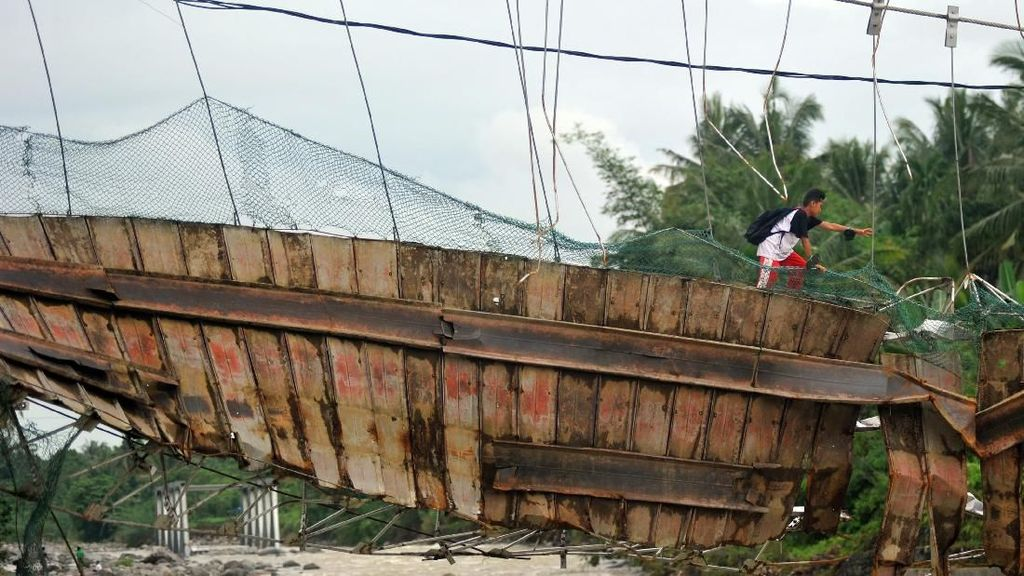 13 Kabupaten/Kota di Sumbar Kena Banjir, Kerugian Capai Rp 122 M