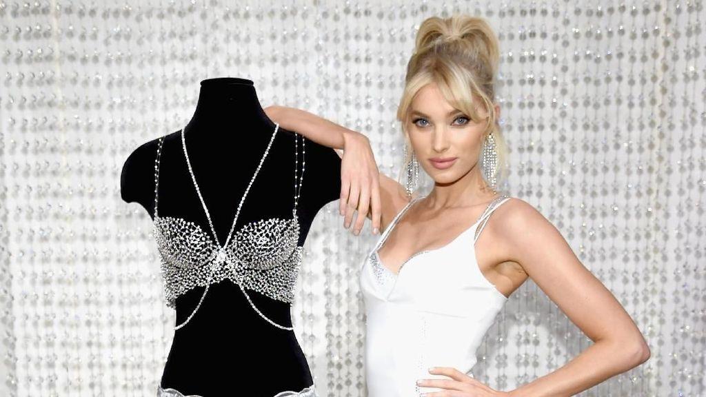 Elsa Hosk, Bidadari Cantik nan Seksi Akan Pakai Bra Rp 15 M Victorias Secret